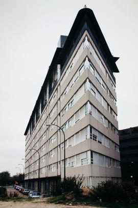 Edificio triangular