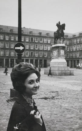Antonia en la Plaza Mayor