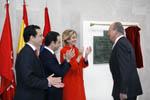 La presidenta de la Comunidad de Madrid acompa�a a los Reyes en la inauguraci�n del nuevo hospital de Mostoles